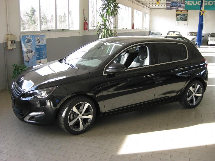 Nuova 308 Allure 1 600 E Hdi Automobili Visentin
